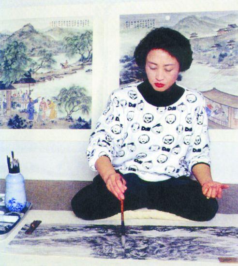 傅抱石之女傅益瑶回忆学画之路 周总理叮嘱我学画