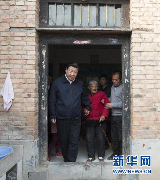 http://www.cflac.org.cn/ys/wx/zpyd/201308/W020130802368451668151.jpg_中国文艺网龙门石窟