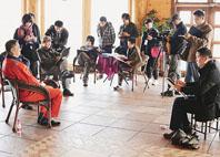 美術家赴天津濱海新區慰問採風 為新區建設者畫像