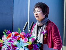 中國文聯産(企)業文聯工作委員會副主任、中國企業文化促進會副會長周雪靜主持