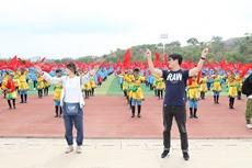 採風團藝術家學習蒙古族安代舞.jpg