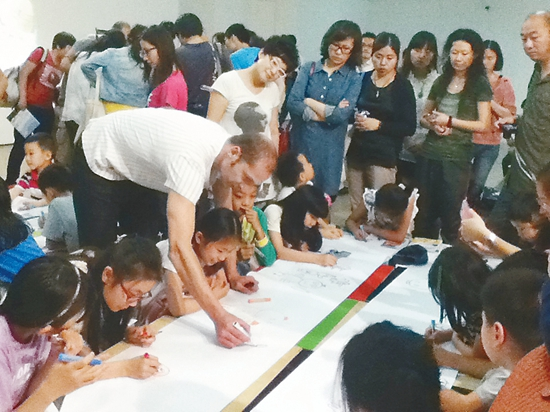 儿童绘本及插画创作一直是法国引以为豪的艺术领域.近日,