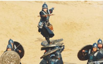 《花木兰传奇》以北朝民歌《木兰辞》为基础,讲述了民族英雄花木兰