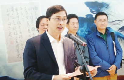 中共海宁市委常委,宣传部部长姚建新致辞