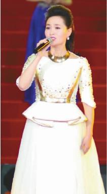 歌舞《老百姓的中国梦》   演唱:么红  丁毅  李丹阳  魏金栋  刘和刚